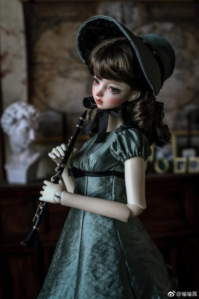 【瑜瑜酱】 *Green Skirt Lady*