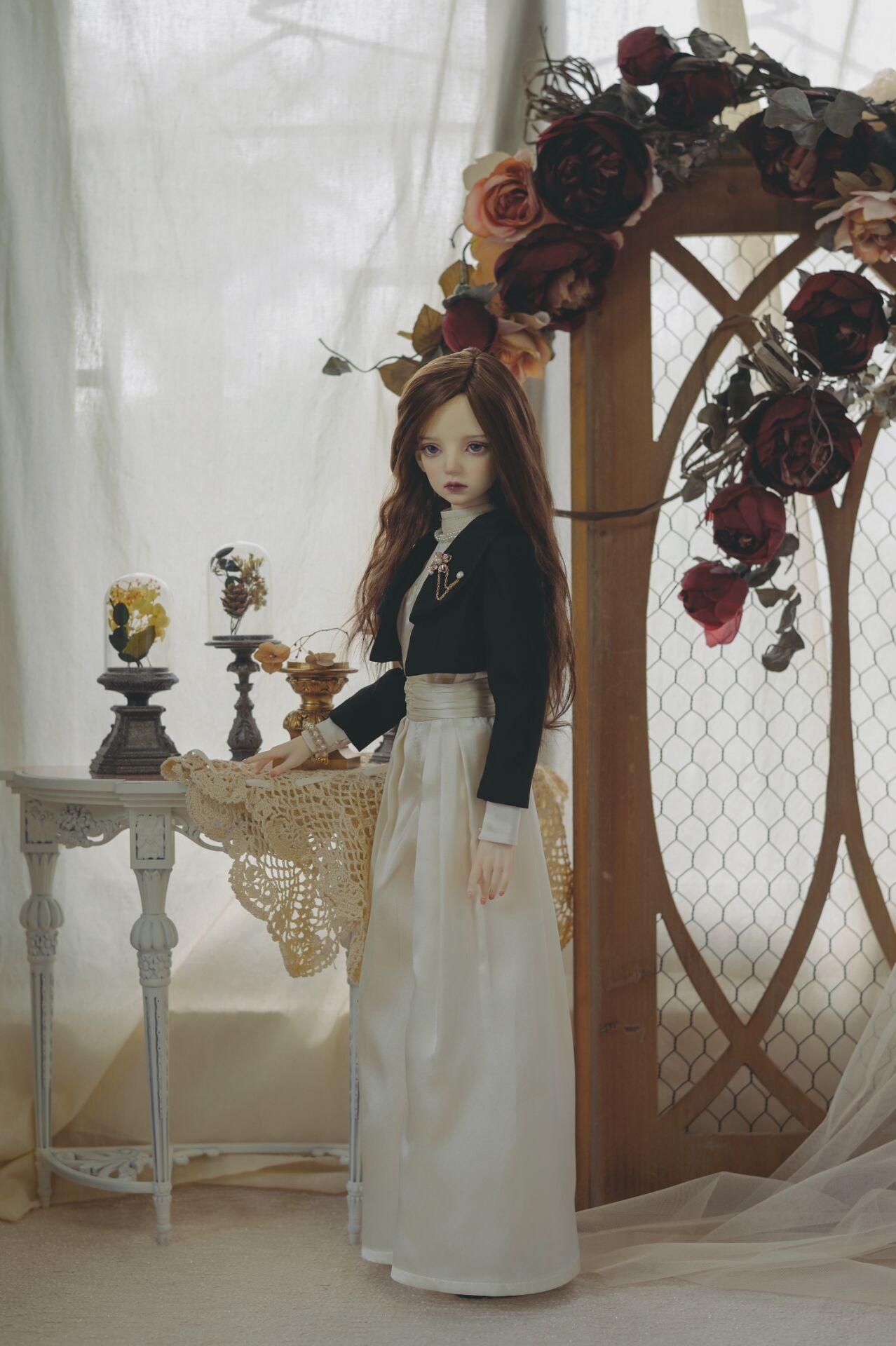 BJD Dress: Frances' Suit