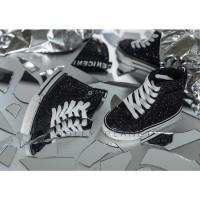 SM03:  1/3  Shoes