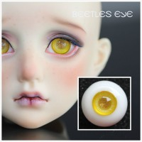 C-01 golden eyes